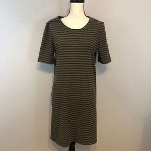 Mercer & Madison shift dress size M short sleeve
